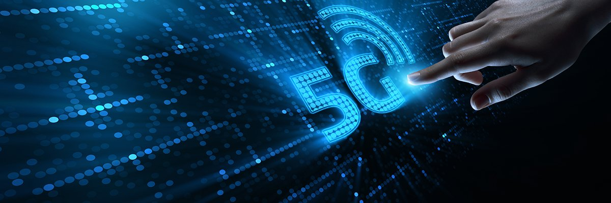 5G-mobile-network-hand-click-adobe
